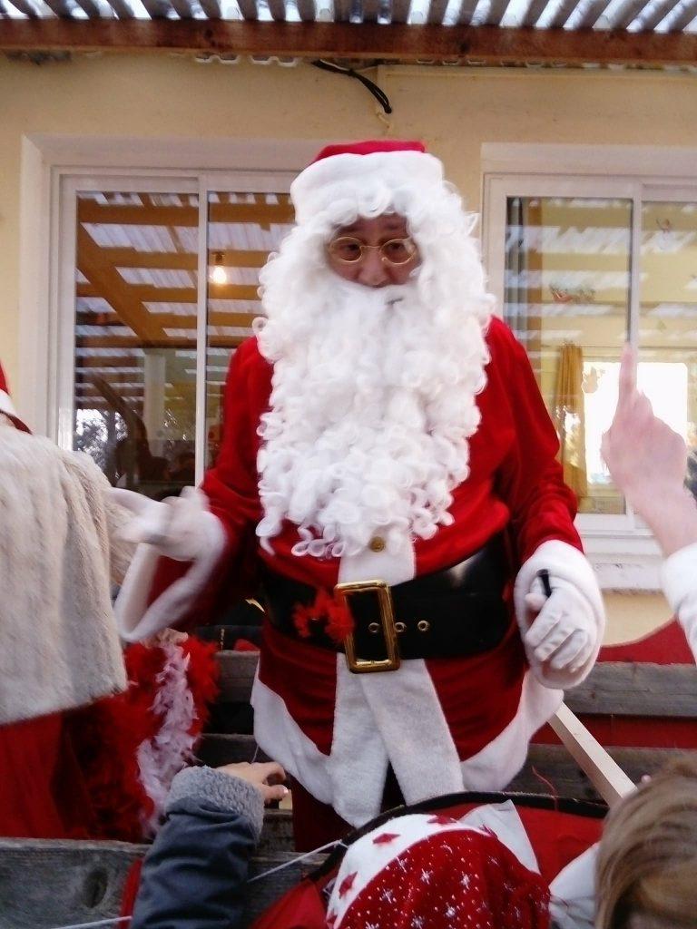 Le père Noël est à l'IME